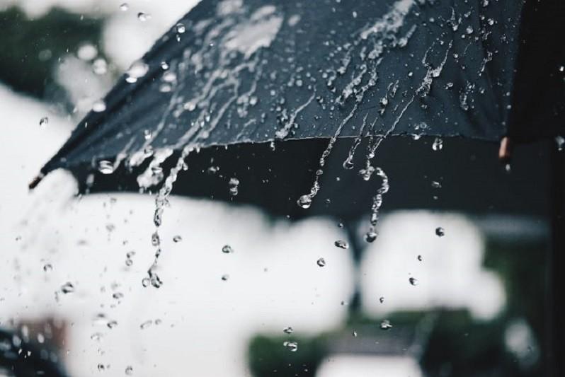 Todos os distritos do continente sob aviso amarelo quarta-feira devido à chuva