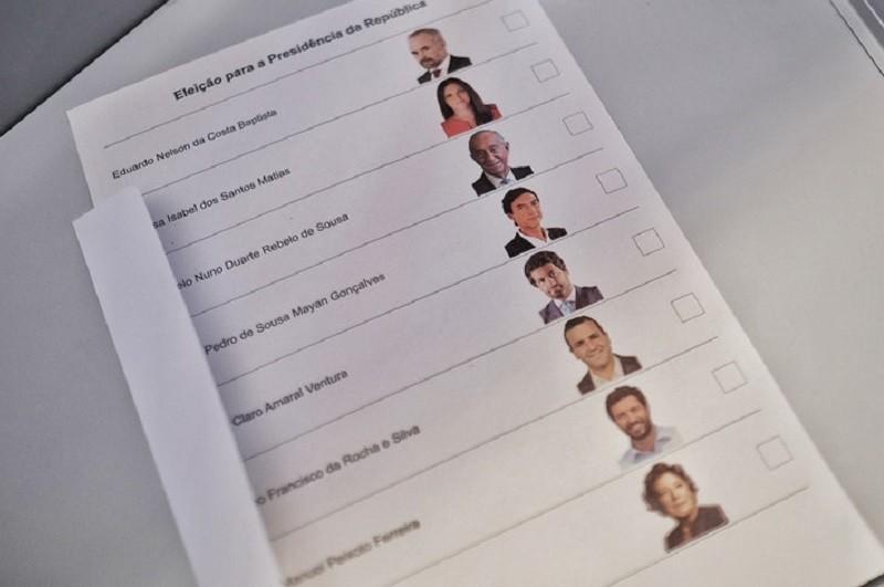 Perto de 13 mil pessoas em confinamento e idosos pediram para votar nas presidenciais