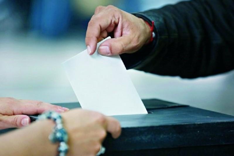 Ordem dos Médicos quer testes rápidos a cidadãos que estarão nas mesas de votos