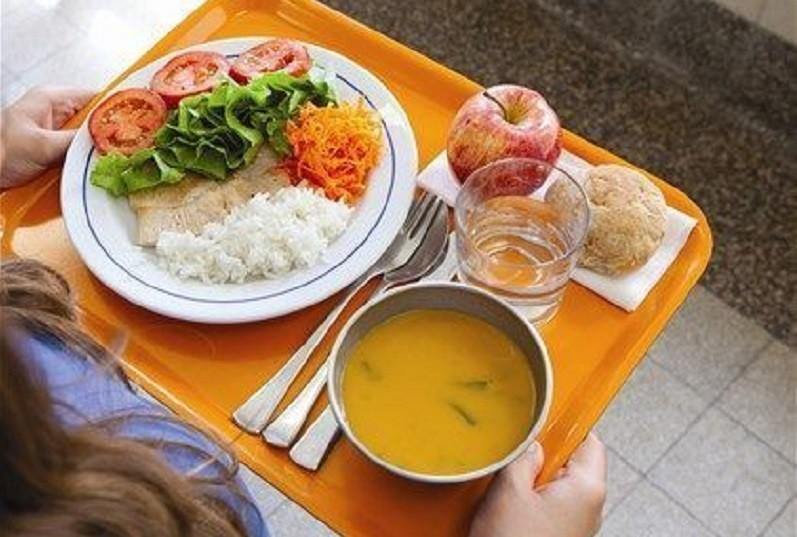 Câmara de Guimarães assegura refeições escolares durante suspensão letiva