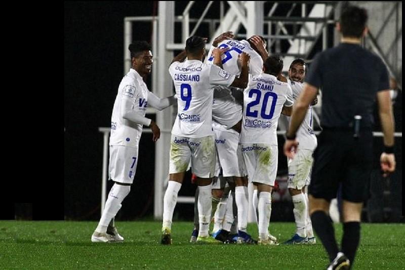 Vizela soma e segue em série invencível ao vencer Oliveirense por 3-0