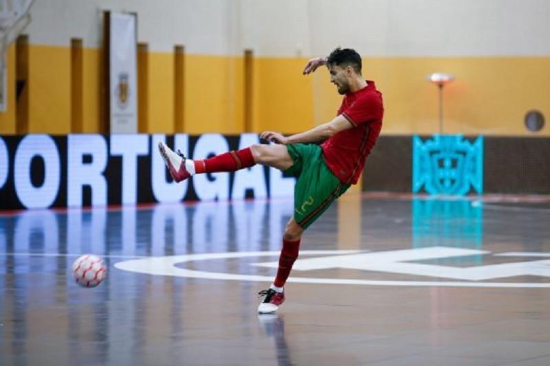 André Coelho quer seleção de futsal a dar grande resposta após empate