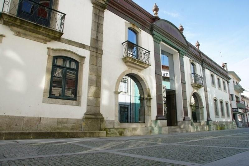 Câmara de Esposende investe mais de 111 mil euros na reabilitação de duas casas