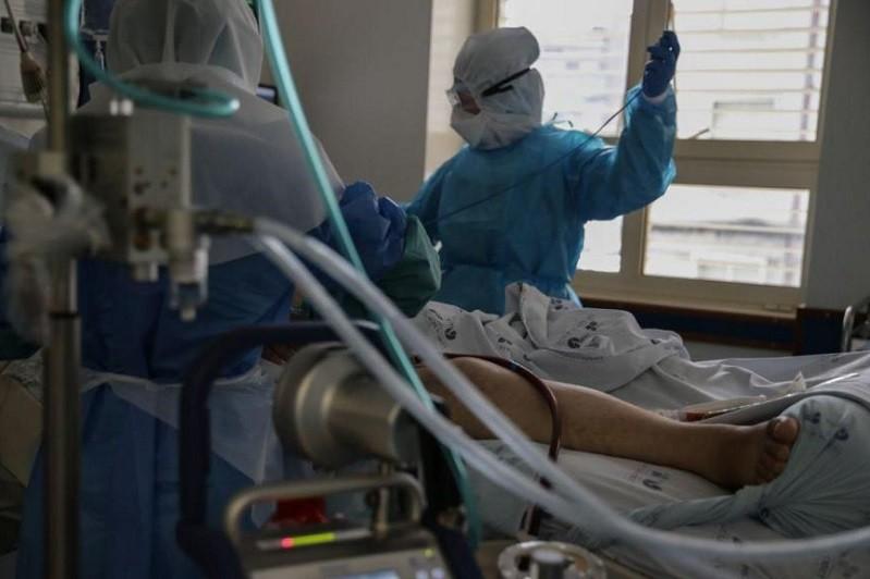 Médicos alemães e material clínico chegam quarta-feira a Portugal - governo