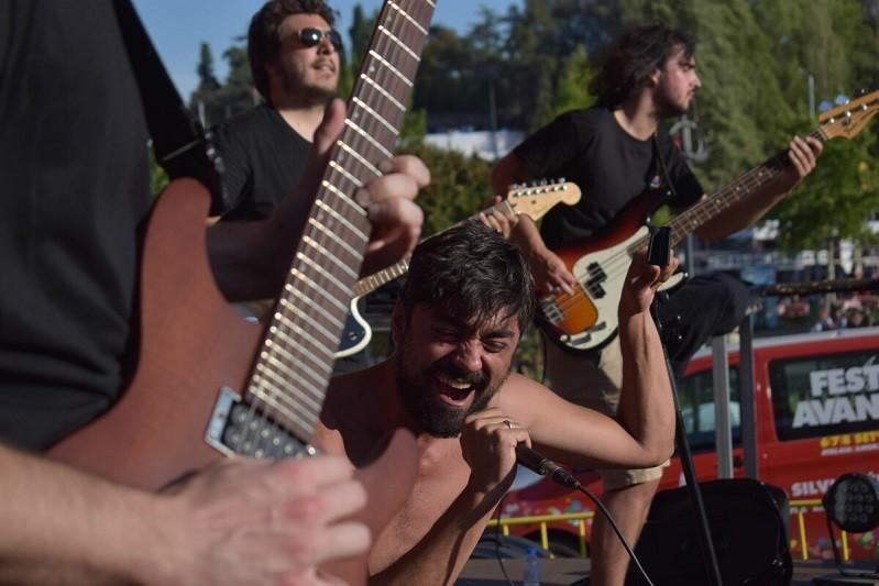 Banda bracarense The Silent Box à conquista dos palcos do mundo