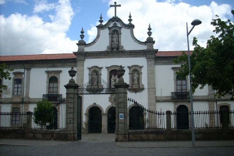Misericórdia de Barcelos vacinou seis 'dirigentes ativos' e de risco