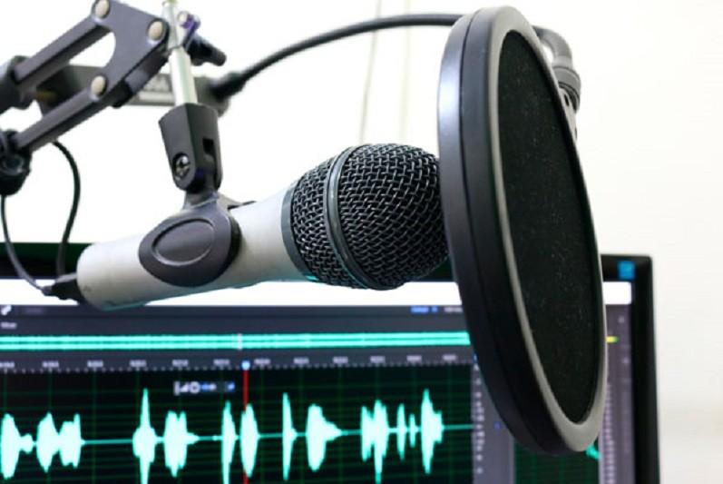 Número de novos podcasts triplica em 2020 totalizando 885.262
