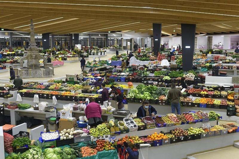 Câmara de Braga isenta de taxas comerciantes do mercado