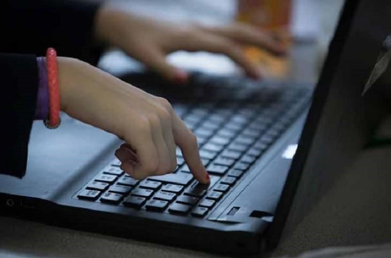 Câmara de Fafe disponibiliza equipamento informático para ensino à distância