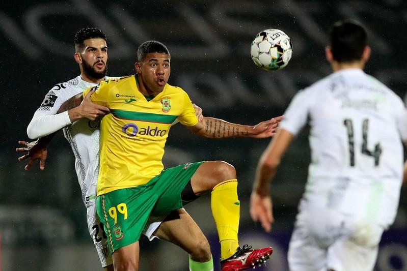 Paços de Ferreira vence Tondela e alcança Benfica no quarto lugar