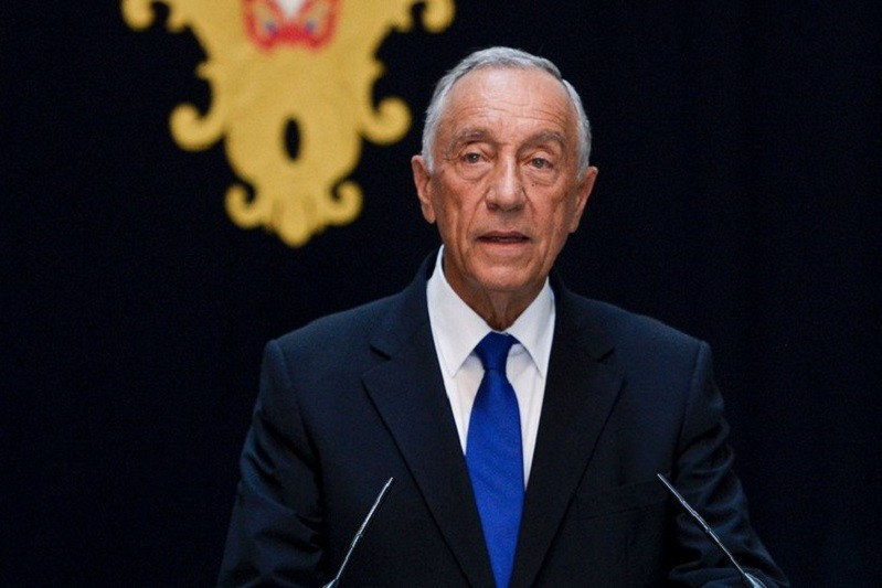 Presidente termina ronda de audiências com partidos e envia decreto à AR