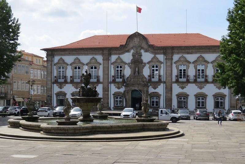 Câmara de Braga dá tolerância de ponto na terça-feira de Carnaval