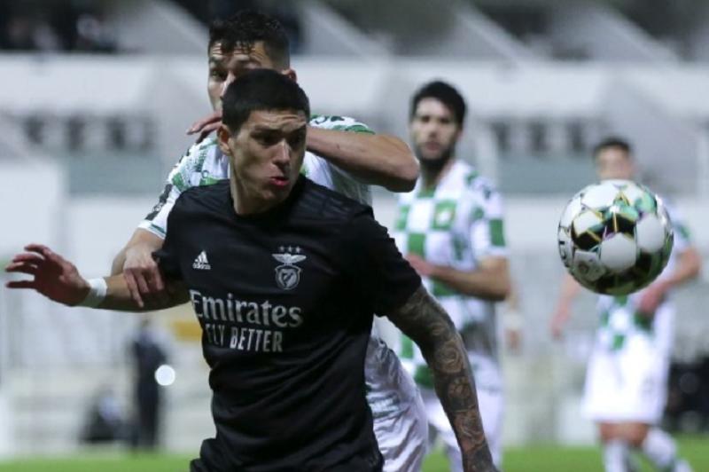 Moreirense e Benfica empataram hoje 1-1