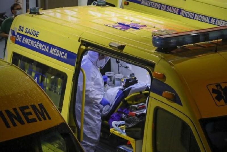 Portugal com 90 mortes e 1.303 casos de infeção nas últimas 24 horas