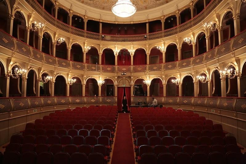 Teatro do Noroeste - CDV estreia Palhaço Verde a partir do palco do Sá de Miranda