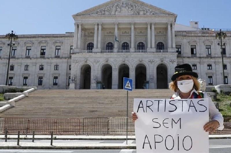 Apoio social extraordinário para Cultura pode ser requerido a partir de 5.ª feira