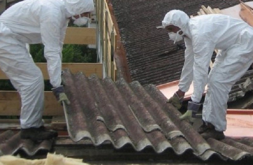 Câmara de Guimarães substitui amianto em sete escolas básicas