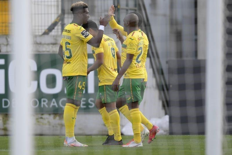 Paços de Ferreira reforça quinto lugar ao bater 'invicto' Vitória de Guimarães