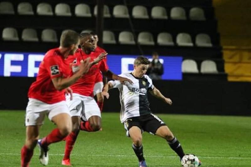 Benfica soma em Faro o sexto empate nas últimas nove rondas da I Liga