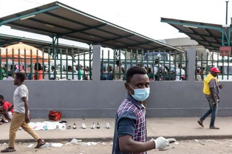 Moçambique recebe hoje primeira vacina contra covid-19 e é entregue pela China - PR