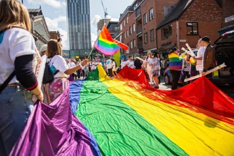 Governo reforça financiamento de projetos para pessoas LGBTI com 50 mil euros