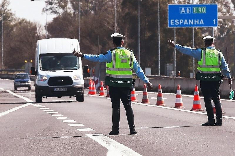 Controlo de fronteiras terrestres e fluviais vai manter-se até 05 de abril