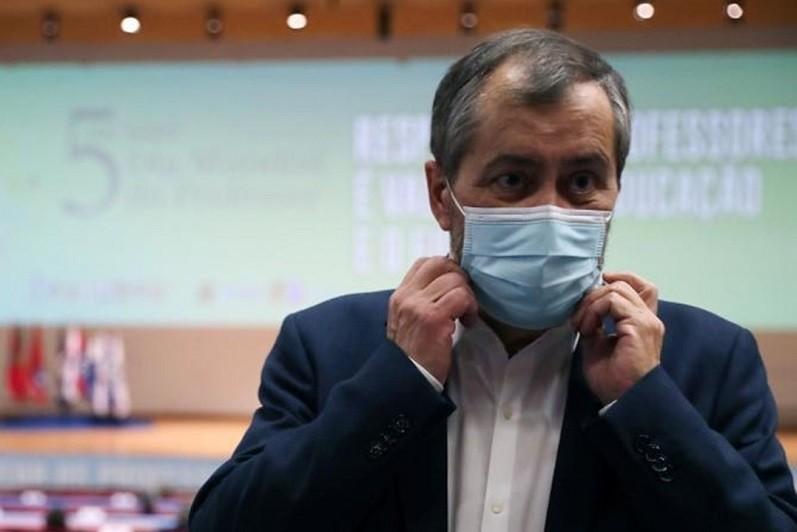 Fenprof convoca ação nacional de luta para 17 de abril