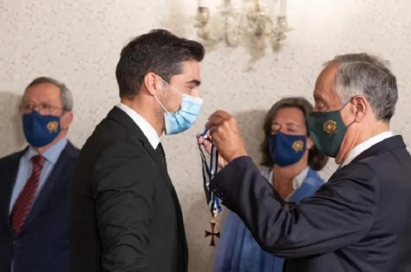 Presidente da República agracia Abel Ferreira com Ordem do Infante D. Henrique