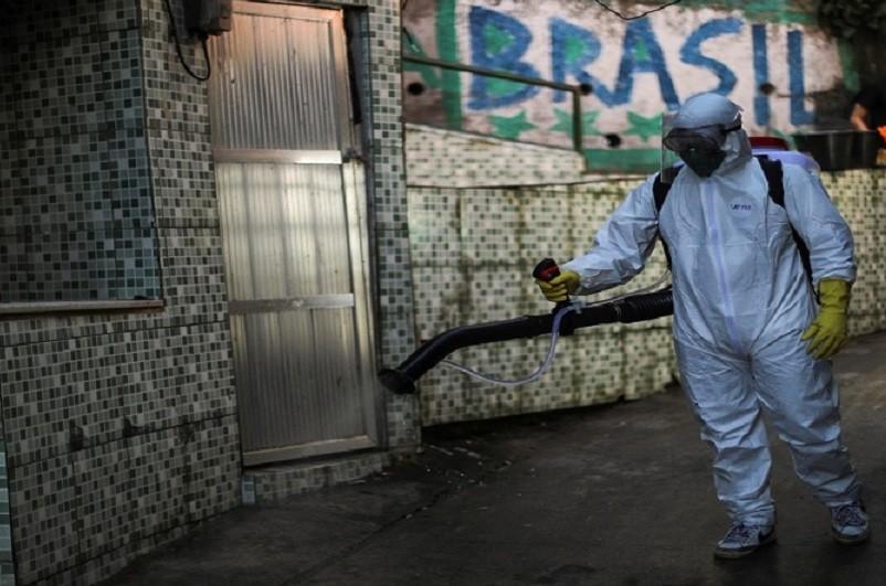 Estudo indica que Brasil pode chegar a 5.000 mortes diárias por covid-19