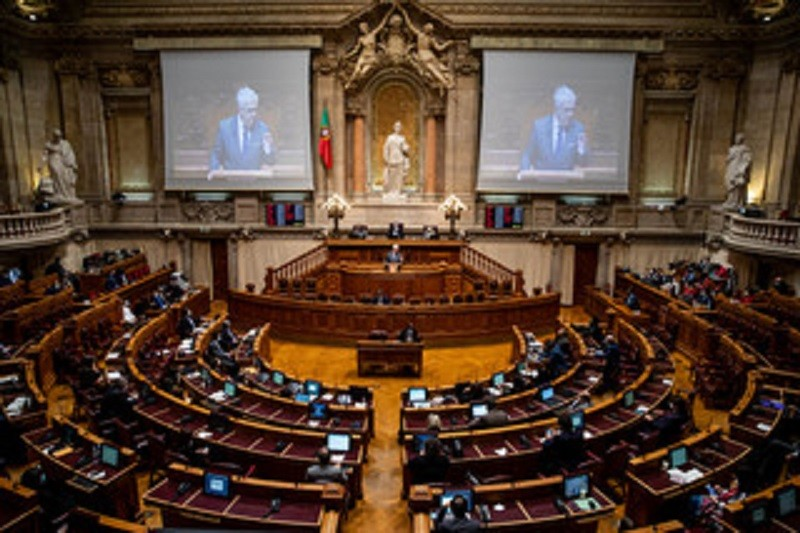 PSD decide levar a votos já hoje projeto para adiar as autárquicas