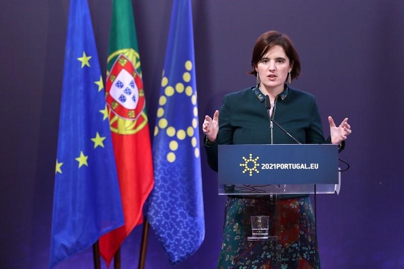 Governo só avalia novas regras de desconfinamento no dia 01 de abril
