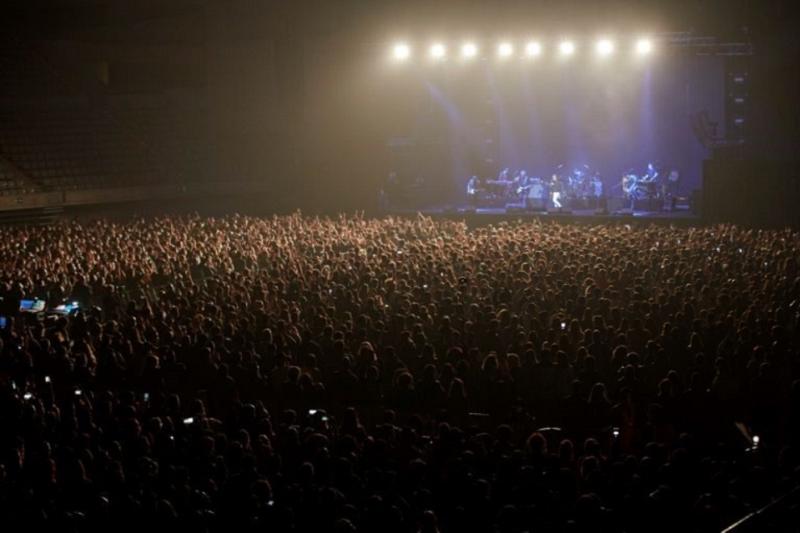 Cinco mil pessoas em concerto em Barcelona após teste