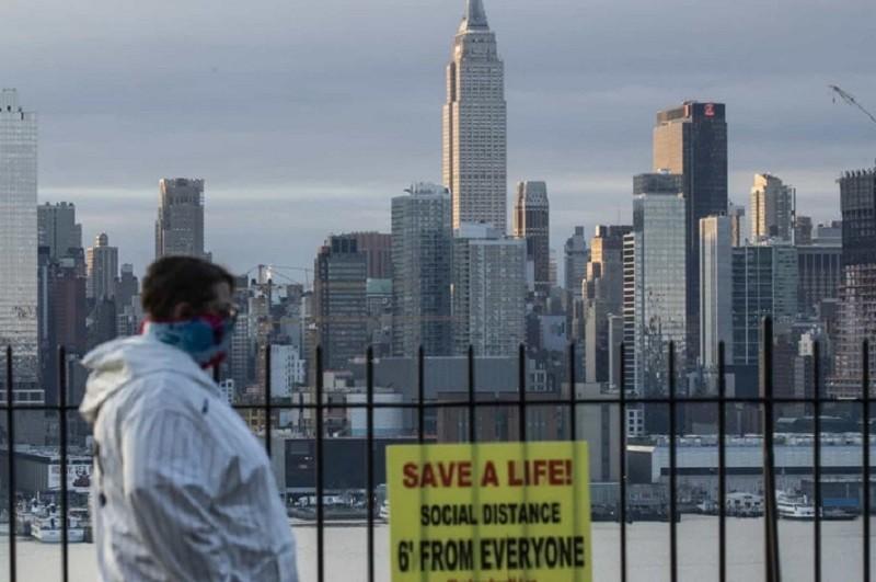 EUA com 1.078 mortos e 78.059 casos nas últimas 24 horas
