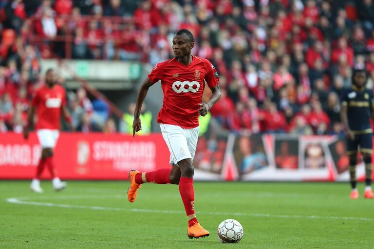 Médio nigeriano Uche Agbo reforça Sporting de Braga