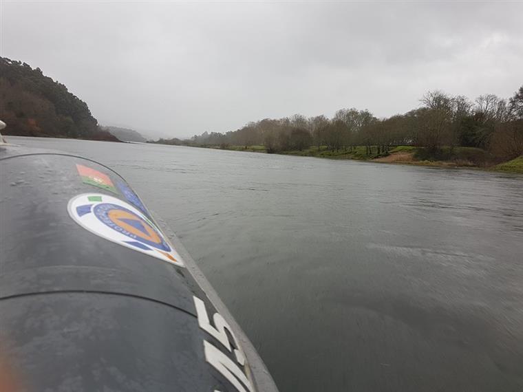 Esforço das buscas de triatleta desaparecido no rio Minho reduzido na quarta-feira