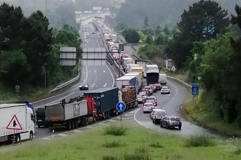 Eurodeputados escrevem a António Costa e Pedro Sánchez a alertar para caos nas fronteiras da Eurorregião Galiza-Norte de Portugal