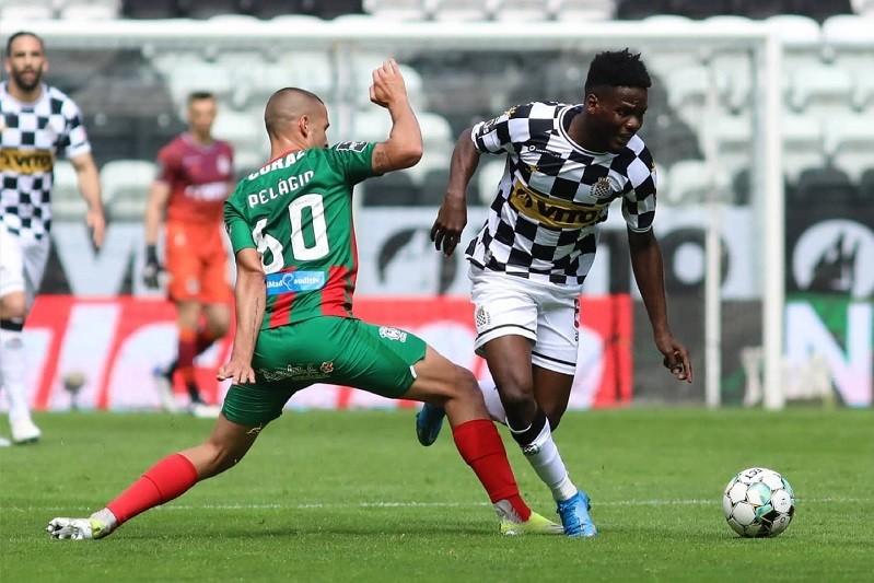 Marítimo vence no Bessa e ultrapassa Boavista na I Liga