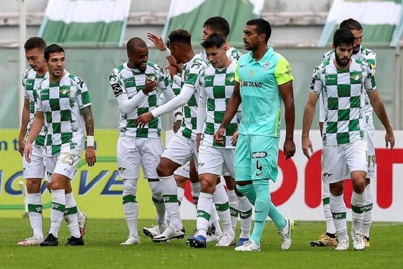 FC Porto visita Moreirense à procura de reduzir distâncias para o líder Sporting