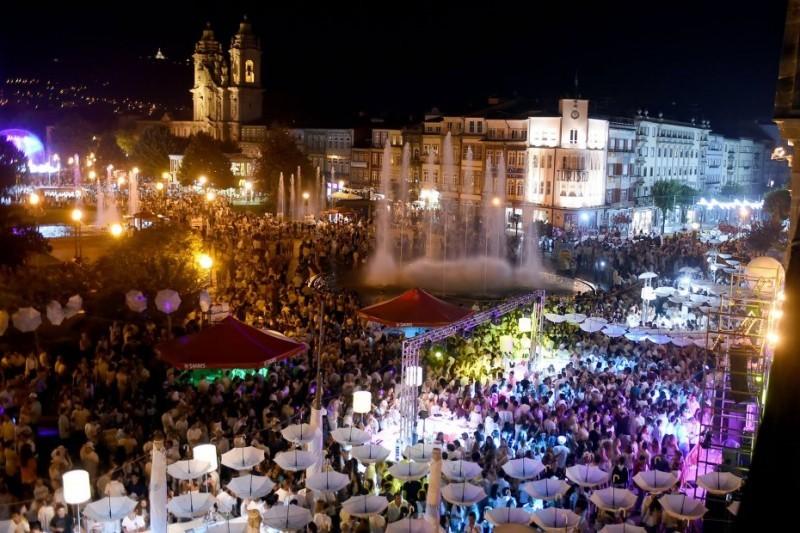 Noite Branca faz-se de concertos, artes, dança, novo circo e muito mais