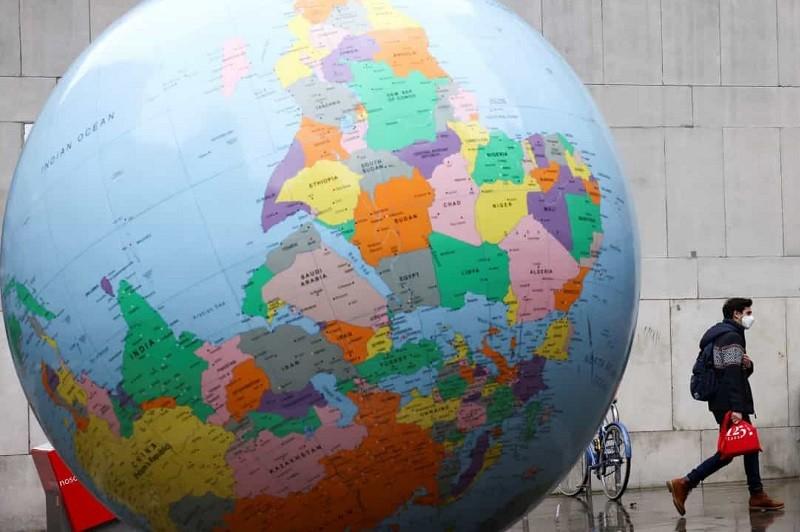 Pandemia provocou a morte de 14.048 pessoas em todo o mundo nas últimas 24 horas