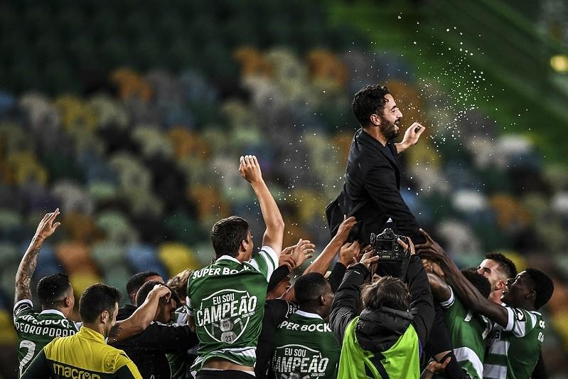 Sporting campeão português de futebol pela 19.ª vez
