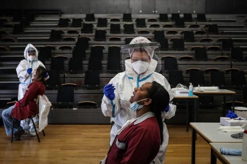 Portugal regista quatro mortes e 485 novos casos de covid-19 nas últimas 24 horas