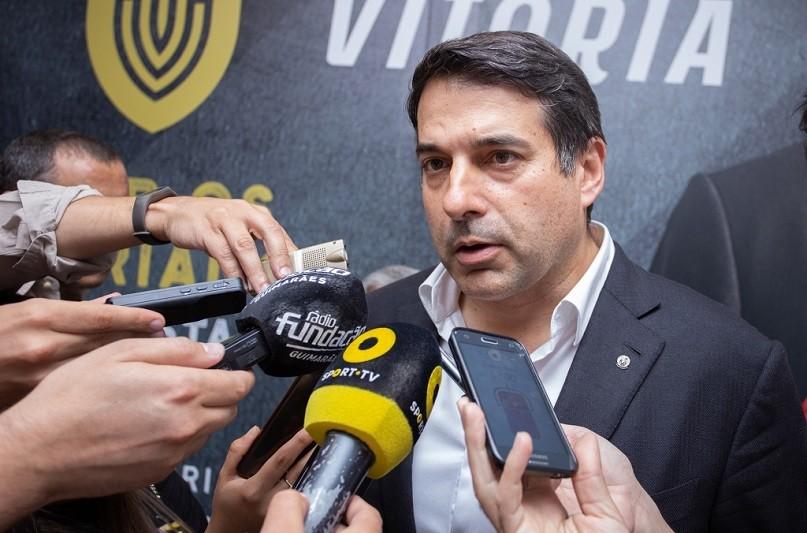 Presidente do Vitória diz que arbitragem influenciou resultado com Famalicão
