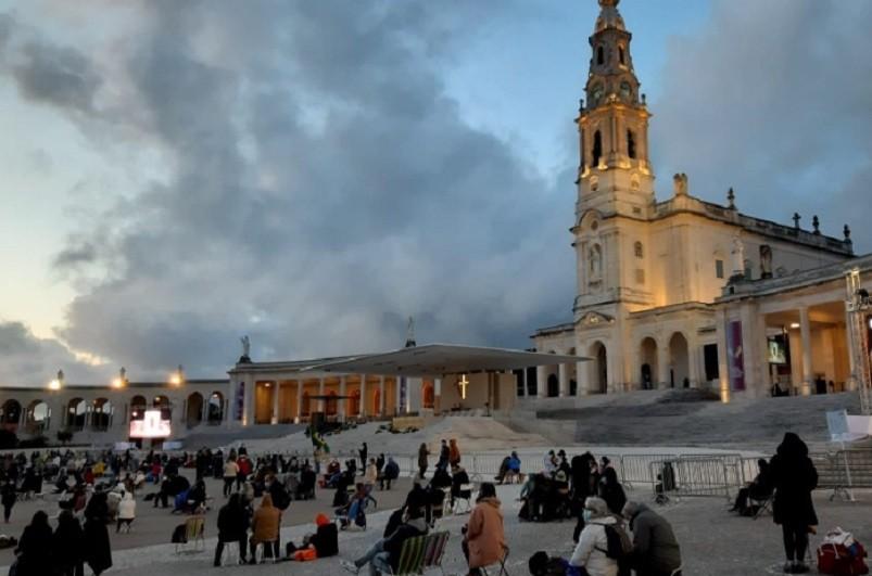 Atingido limite de peregrinos no Santuário de Fátima