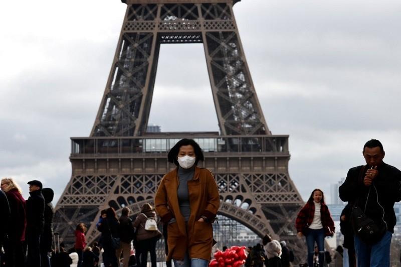 Números continuam a baixar de forma consistente em França