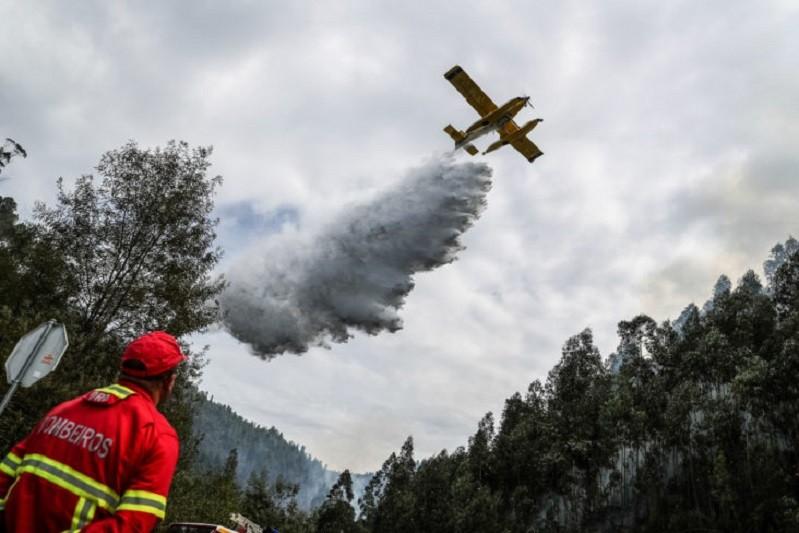Meios de combate aos incêndios reforçados a partir de hoje para combate