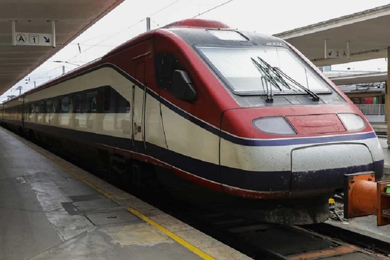 CP reforça oferta de comboios Alfa e Intercidades a partir do dia 13