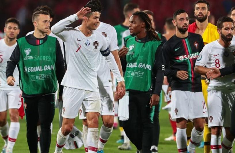 Euro2020: Portugal treina em Vilnius no sintético do LFF stadionas