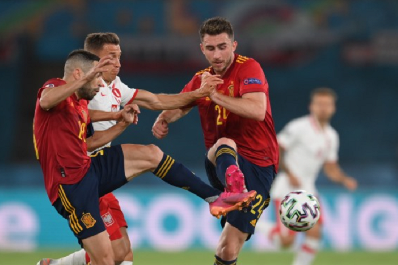 Polónia de Paulo Sousa empata a um golo com a Espanha