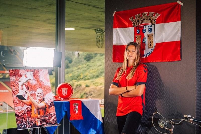 Internacional Anouk Dekker reforça equipa feminina do Sporting de Braga